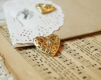 30pcs gold plated voided heart lockets