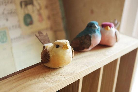 4Pcs Vintage Mushroom Birds In Different Colors