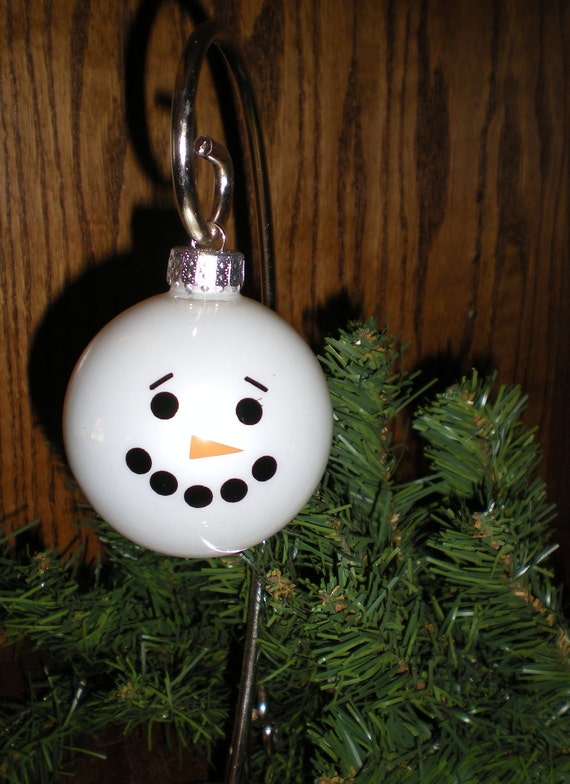6 Snowmen Ornament Decals - (Decals to make 6 Faces for ornaments) - ORNAMENTS NOT INCLUDED - Snowmen - Christmas - Christmas Tree