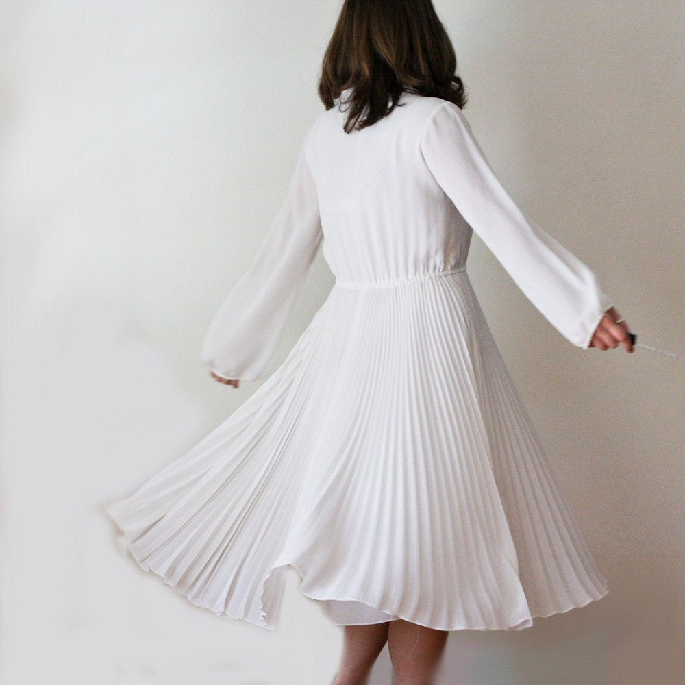 Vintage White Pleated Dress