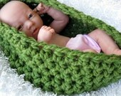 The Chunky Baby Bowl Newborn Egg in Grass Green