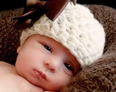 Natural Bow Beanie Hat in Beige Cream