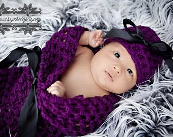 Wildberry Newborn Baby Cocoon and Hat Set