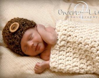 Cream and Sugar Newborn Cocoon and Hat Set