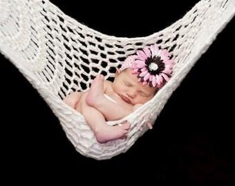 Newborn Hammock Pod Photo Prop in White