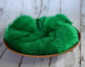 Grass Green Mongolian Faux Fur Nest Photography Prop Rug Newborn Baby Toddler 27x30