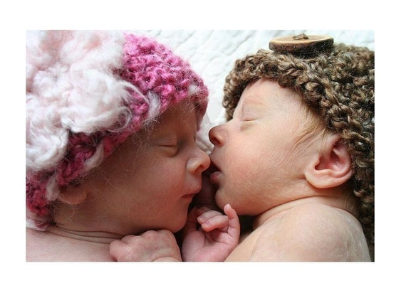 Neapolitan Newborn Twin Hats in Brown and Pink