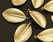 PD-294-MG / 4 Pcs - The Single leaf Charms, Matte Gold Plated over Brass / 10mm x 18mm