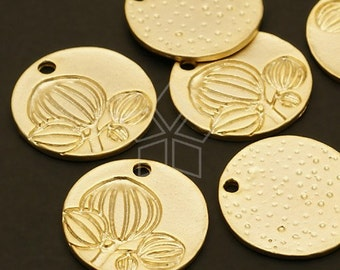 PD-218-MG / 4 Pcs - Magnolia Round Pendant, Matte Gold Plated over Pewter / 18mm