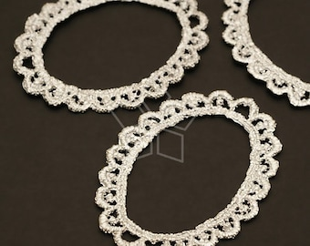 AC-355-MS / 2 Pcs - Lace Oval Pendant, Matte Silver Plated over Pewter / 31mm x 45mm