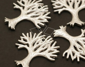 PD-229-MS / 2 Pcs - Leafless Tree Pendant, Matte Silver Plated over Brass / 17mm x 19mm
