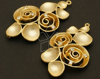 AC-374-MG / 2 Pcs - Bunch of Flowers Connector, Matte Gold Plated over Brass / 21mm x 38mm