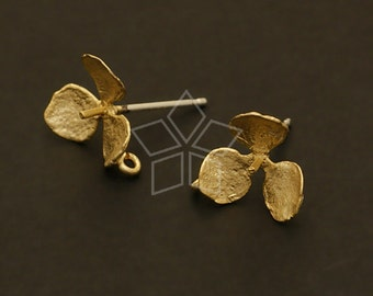 SI-054-MG / 4 Pcs - Trefoil Flower Earring Findings, Matte Gold Plated, with .925 Sterling Silver Post / 11mm