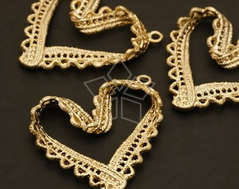 PD-412-MG / 2 Pcs - Lace BIG Heart Pendant, Matte Gold Plated over Pewter / 32mm x 36mm