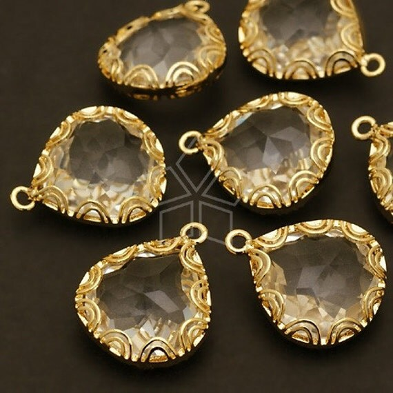 PD-231-GD / 2 Pcs - Lacy Bezelled Faceted Drop Pendant, 16K Gold Plated over Brass / 15mm x 17mm