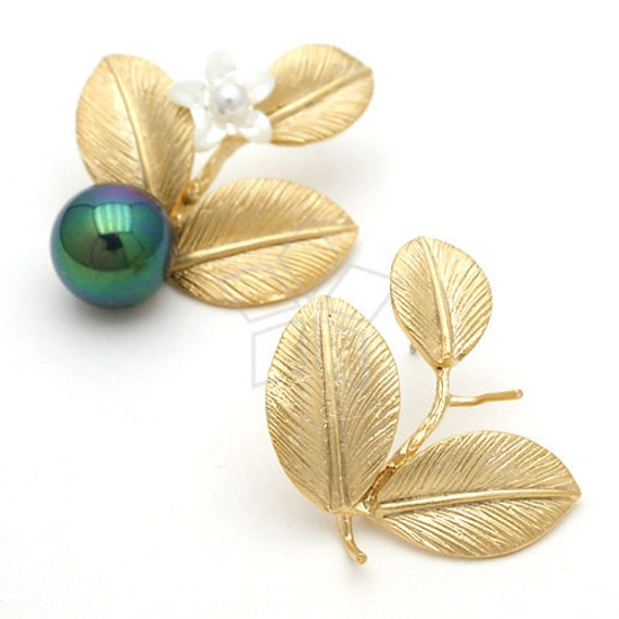 SI-124-MG / 2 Pcs - Foliage Earring Findings, Matte Gold Plated over Brass, with .925 Sterling Silver Post / 10mm x 16mm