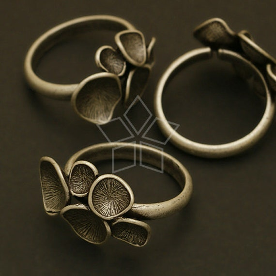 RR-008-AS / 1 Pcs - Mushroom Ring Base (Adjustable), Antique Silver Plated over Brass / Free Size