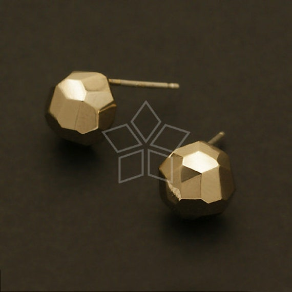 SI-481-GD / 2 Pcs - Faceted Nugget Earring Findings, 14K Gold Plated, with .925 Sterling Silver Post / 8.5mm x 8.5mm