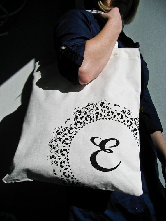 RESERVED Custom Monogrammed Tote / White and Black (6)