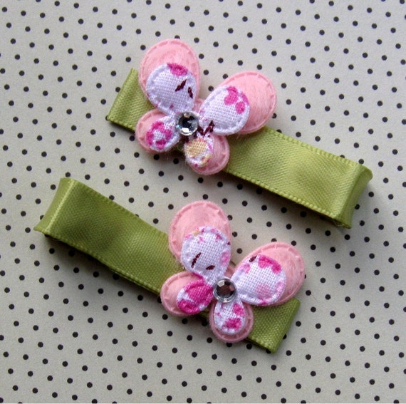 Tutu Chic Pink Petite Butterfly Satin Non Slip Clippie Set of 2 No slip baby hair clips hair bow clips