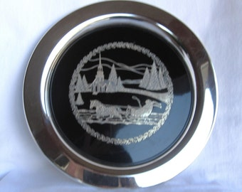 Limited Edition Oneida Plate 1978 - Silverplated - Winter Scene Sleigh