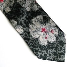 Men's Vintage Silk Neck Tie Silver Black Print
