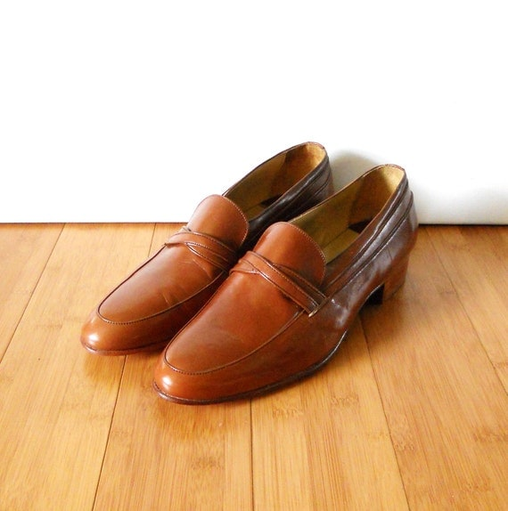 Men's Vintage 1980s Brown Leather Loafers Dress Shoes Sz 10.5 D