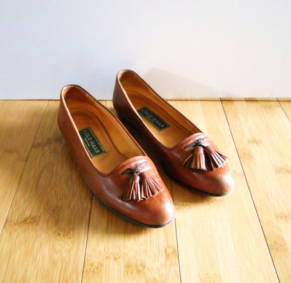 Vintage Brown Tassel Leather Flats Sz 5.5 B Euro 35.5 Cole Haan