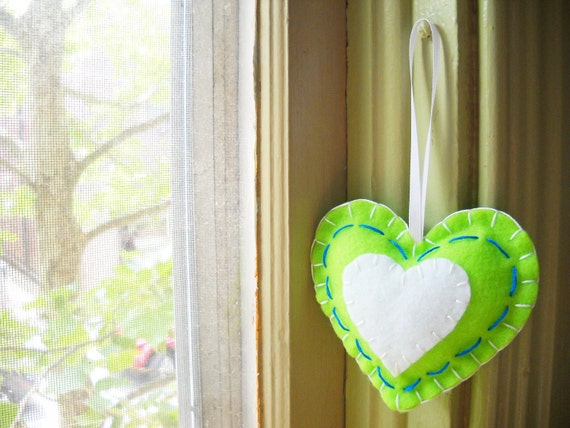 40% OFF - Dopamine Molecule Felt Ornament Ornament - Chemistry Heart Ornament in Lime and White