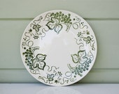 4 Green Vineyard Dinner Plates Made By Knowles USA