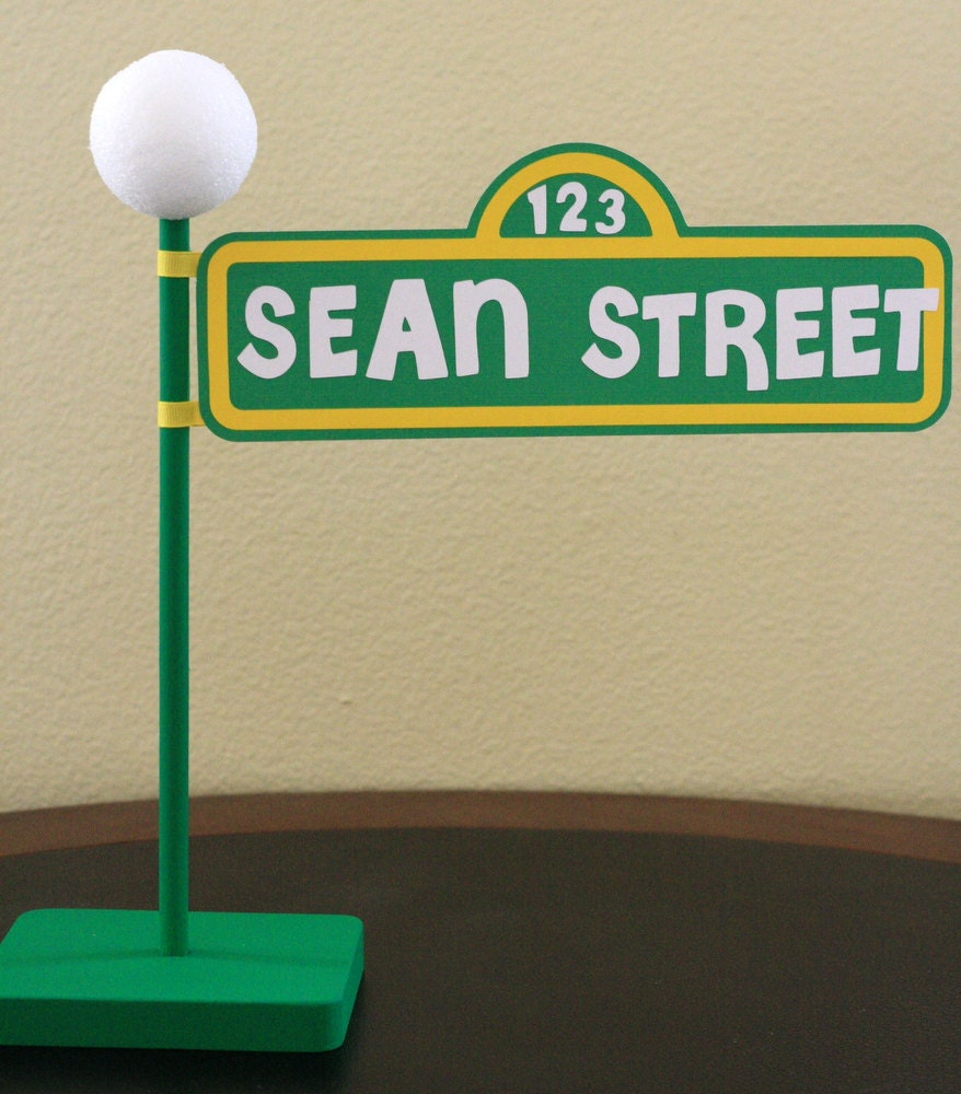 sesame street personalized lamp post custom made with wooden. Black Bedroom Furniture Sets. Home Design Ideas