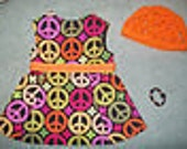 "Peace sign dress, hat and bracelet Grooovy  fits 18"" American girl doll"