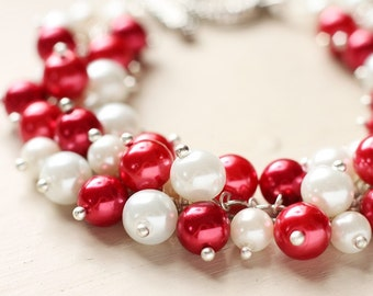 Christmas Pearl Cluster Bracelet - Candy Cane