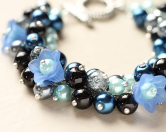 Bridesmaid Jewelry Pearl Cluster Bracelet - Midnight Bloom