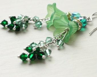 Green Flower Earrings - Bells of Ireland