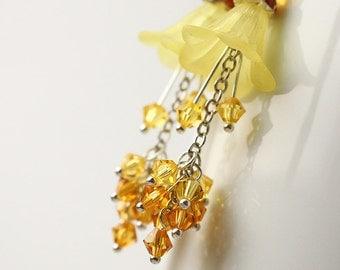 Summer Spring Wedding Bridesmaid Jewelry Flower Earrings - Buttercup Flower