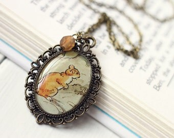 Vintage Art Pendant Necklace - The Little Observant Rodent