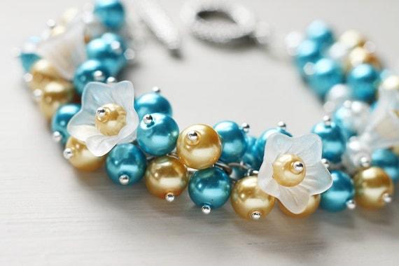 Summer Wedding Bridesmaid Jewelry Pearl Cluster Bracelet - Blue Martini