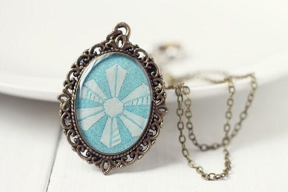 Winter Fashion Vintage Art Pendant Necklace - Blue Snowflake v1.0