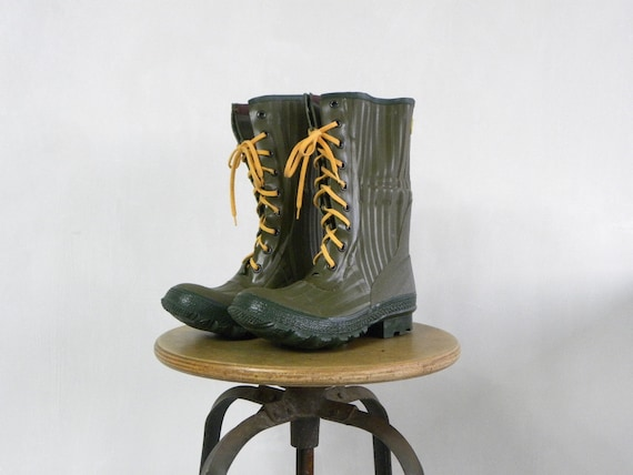 Vintage Green Rubber Boots, Retco, Size 7, Outdoors, Camping, Gardening