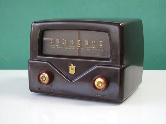 1950's Mallory Television Channel Tuner, Brown & Burgundy Bakelite, Vacuum Tube, Antenna