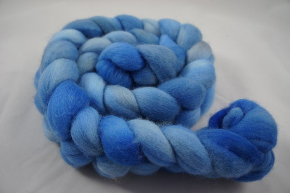 Merino Spinning or Felting Roving (Combed Top) - Dumbledore