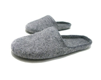 Womens felted slippers - mens felted indoor slippers - Simple dark grey felted wool slippers