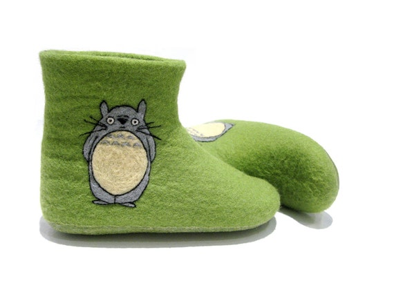 Felted adult booties with Totoro - Indoor booties - Warm slippers