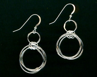 Chainmaille Wire Open Circle Interlocking Earrings Silver Chain Link Hammered Wire Wirework Jewelry