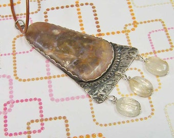 Necklace- Agate Triangular Cabochon in Sterling Silver With Kunzite Beads