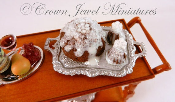 SILVER ELEGANCE Winter Snowflake Iced Puddings by Crown Jewel Miniatures