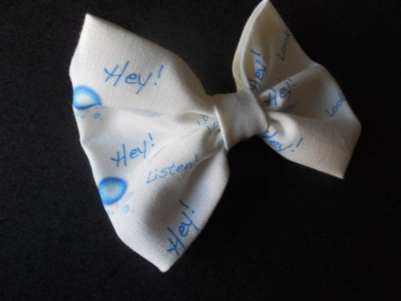 HEY Listen Look its a Navi hair bow Zelda inspired Bow Tie