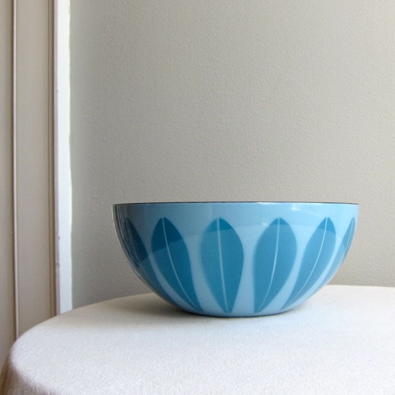 Catherineholm Lotus Bowl - Blue on Blue Enamel
