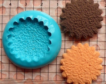 Silicone Mold Flexible Mold - Flower / Scallop Edge Cookie / Biscuit (27mm) Miniature Food, Cupcake, Charms (Resin, Clay, Fimo) MD178